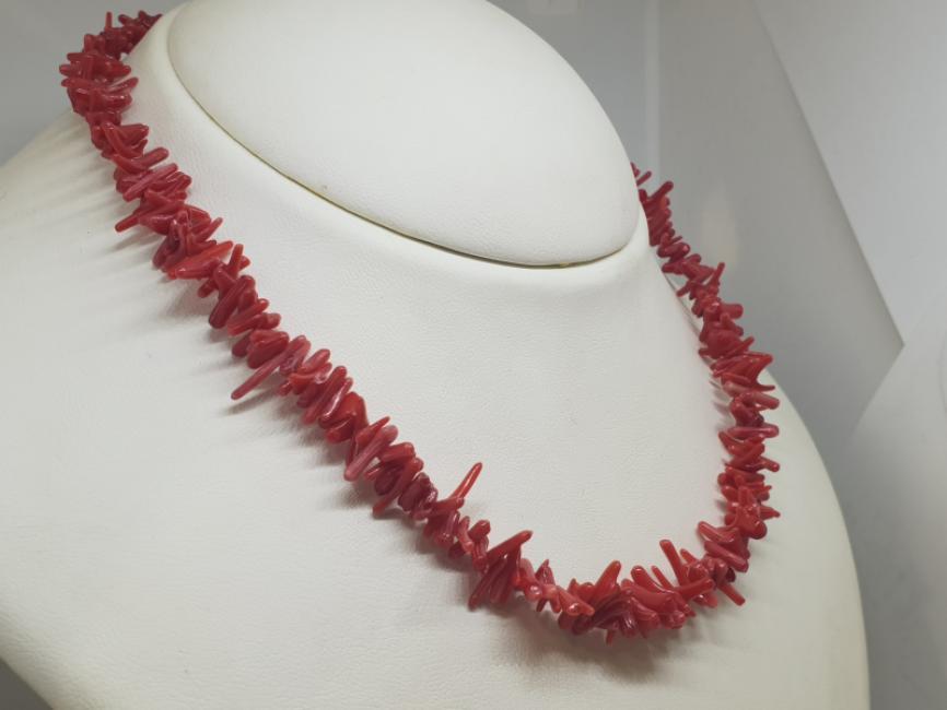 Ogrlica sa koralima