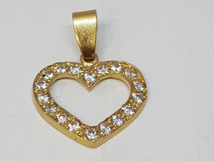 Zlatni privezak srce sa cirkonima