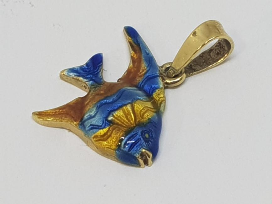 Zlatni privezak riba