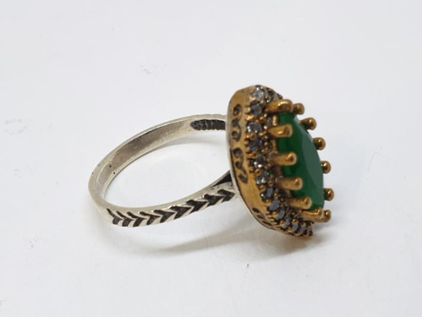 Srebrni prsten sa ahatom