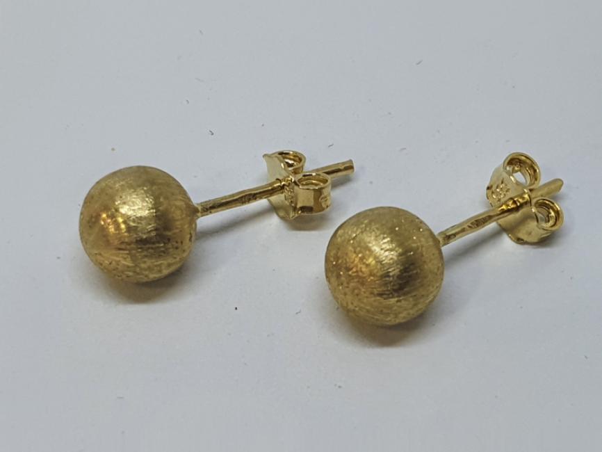 Zlatne mindjuše sa kuglicama