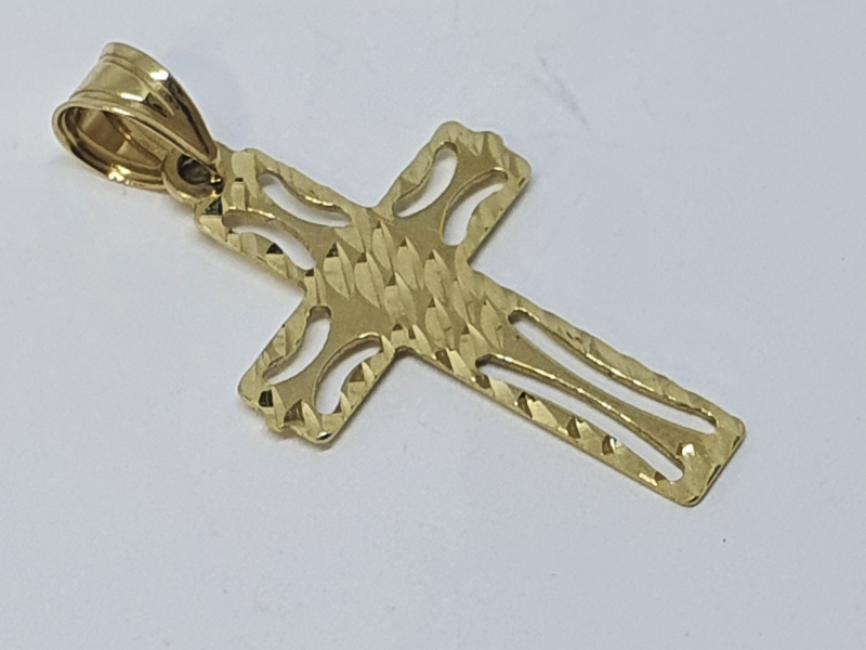 Zlatni krstic od zutog zlata
