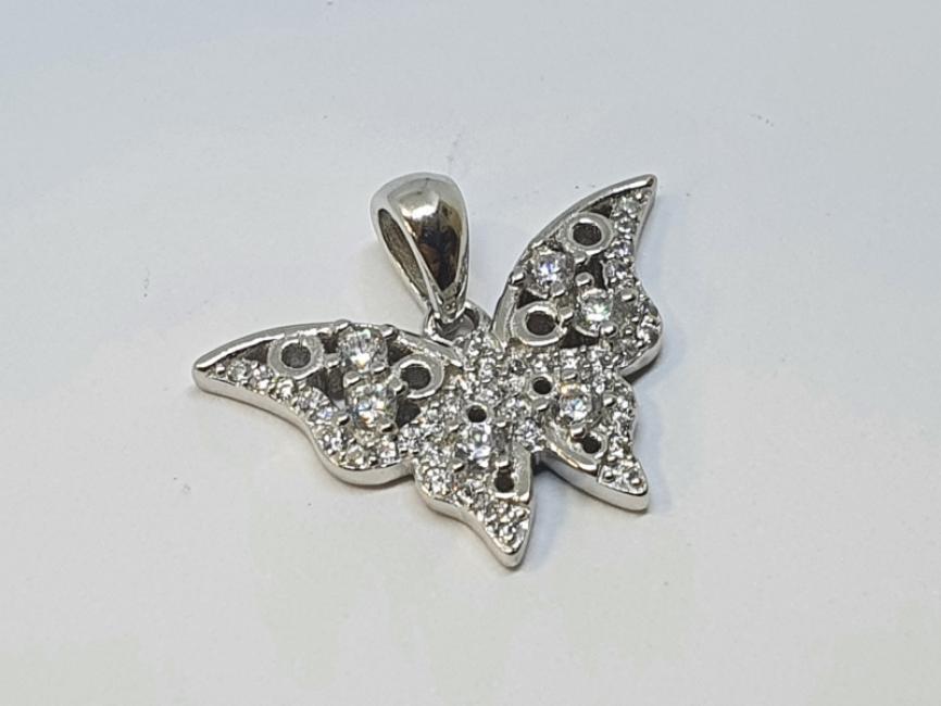 Srebrni privezak leptir