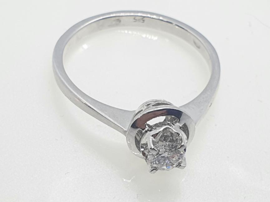 Prsten od belog zlata ruski šaton sa brilijantom