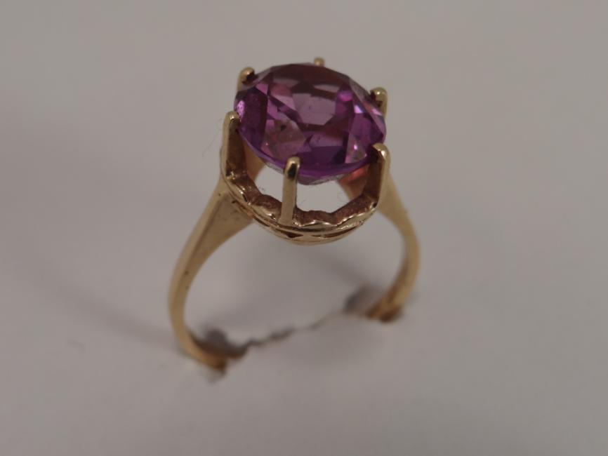 Prsten sa aleksandritom ruski šaton