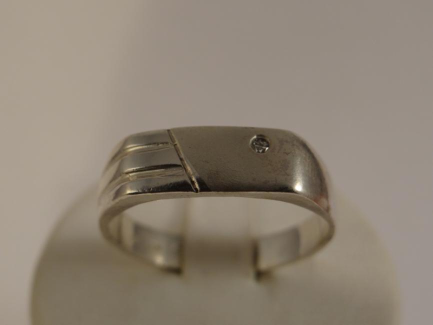 Muški prsten